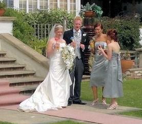 bride, grrom and bridesmaids